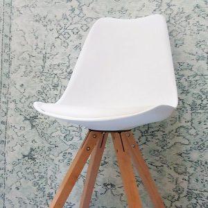 goedkoop Eames look-a-like stoel