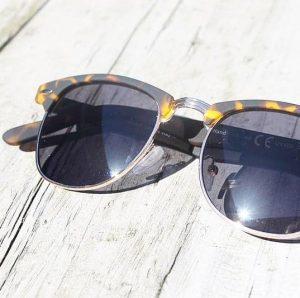 Goedkope zonnebrillen zonnebrilplaza.nl clubmaster zonnebrillen
