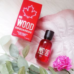 Review Dsquared2 Red Wood