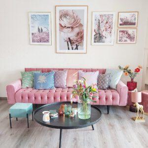 Roze in huis roze bank roze interieur inspiratie